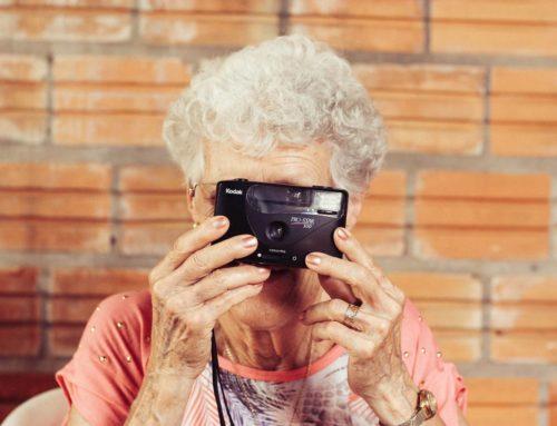 El arte de insistir; por qué tu abuela consigue que comas dos veces